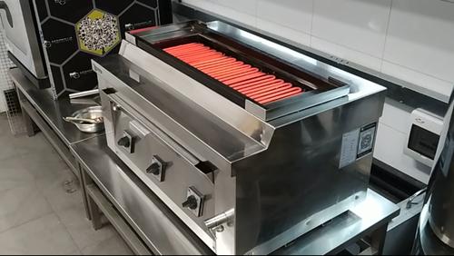 名厨磁电烧烤炉使用